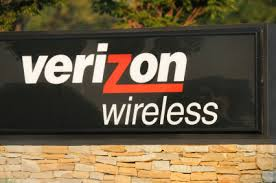 verizon connects with consumers with freebies the day before