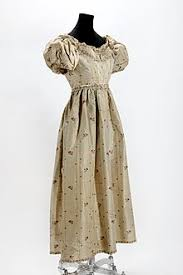 dress pic upload wikimedia org commons thumb 7 7a