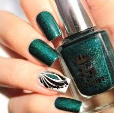 dark green mani with beautiful pattern one1lady com nail