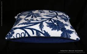 lee jofa hand woven sohil crewel single showpiece pillow