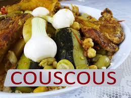cuisiner un couscous couscous à l ancienne au poulet et aux légumes maman cuisine