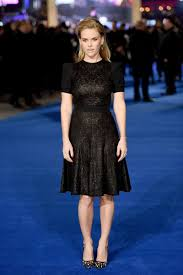 model teen modeling tv alice alice eve wears emanuel ungaro night at the museum secret of the
