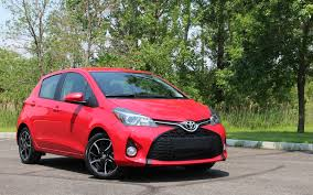 2017 toyota yaris hatchback from a to b review the car guide
