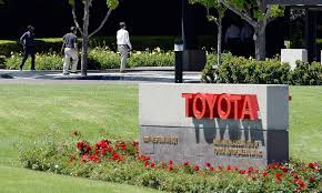 toyota corporation usa toyota looks to nissan u0027s move u2013 with some concern