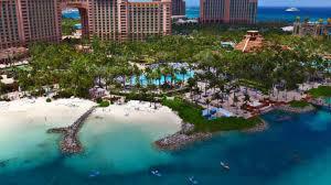 el impresionante complejo hotelero en las bahamas en el que se