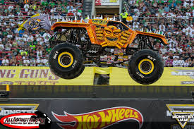 monster truck show in houston monster jam world finals xvii photos thursday double down