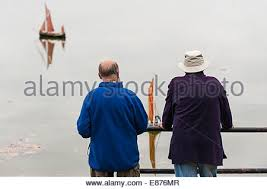 members of the maldon and blackwater model boat club sailing their