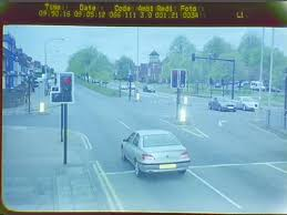 avoiding red light camera tickets traffic light cameras how far can they see the student room
