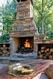 Fake Outdoor Fireplace - 34 beautiful stone fireplaces that rock
