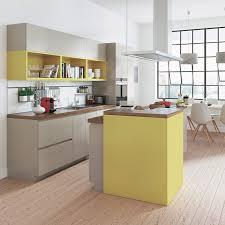 cuisine moderne jaune cuisine moderne jaune fabulous cuisine bois clair moderne tapis