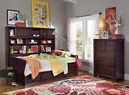 Daybed With Storage Underneath Furniture Daybeds With Drawers Daybed Storage Underneath