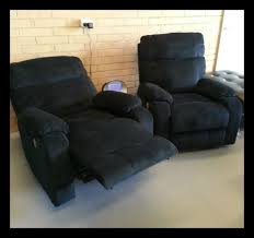 Quality Recliner Chairs The Stylish Easton Power Recliner Chairs Offer The Ultimate In