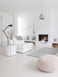 white home interior dulzura y robustez en un bonito apartamento escandinavo
