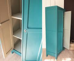 armoire vintage chambre armoire parisienne vintage bleu annees 50 gris pigeon trendy