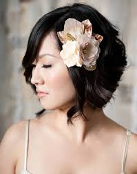 wedding hairstyles ideas side ponytail wavy bob side bangs short