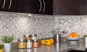 retaper armoire de cuisine comment rénover votre cuisine ou votre salle de bains sans casser