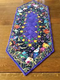mardi gras table runner mardi gras table runner my quilts mardi gras and craft