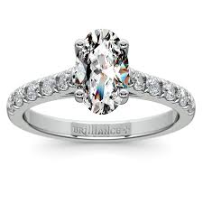 oval ring settings for elegant brides to be