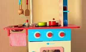 vertbaudet cuisine en bois vertbaudet cuisine bois idee deco chambre bebe vertbaudet meuble