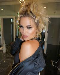 kate uptons hair colour feud alert kate upton shades kim k s nose job duck lips