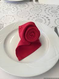Pliage Serviette Noeud 30 Idées De Pliages De Serviettes Pour Votre Mariage