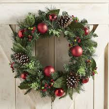Christmas Decorations Outdoor Wreaths by 11 Best Outdoor Christmas Wreaths For 2017 Festive Winter