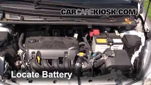 2008 toyota yaris battery how to clean battery corrosion 2012 2016 toyota yaris 2012