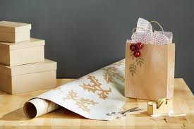 chic wrapping paper chic diy wrapping paper home trends magazine
