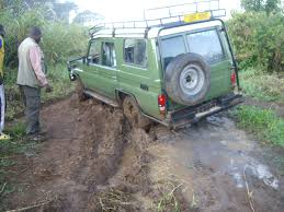 muddy jeep girls uganda birding trip november 2007