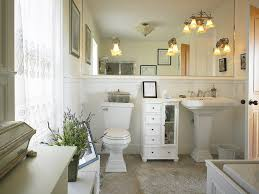 cape cod style bathrooms