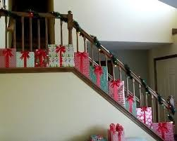 Ideas To Decorate Staircase Wall 25 Unique Christmas Staircase Decor Ideas On Pinterest