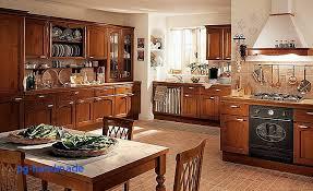 cuisine ancienne bois bahut salon proche cuisine aménagée impressionnant cuisine l