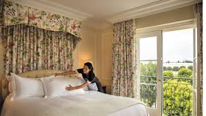 I Just Want Head In A Comfortable Bed 8 Things To Know About Your Hotel Pillow Cnn Travel