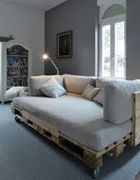 comment fabriquer un canapé en bois de palette comment fabriquer un canapé en palette tuto et 60 idées