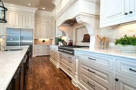 relooker cuisine en chene comment moderniser une cuisine en chene cuisine relooker cuisine