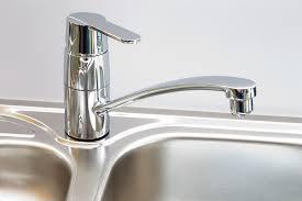 changer un robinet de cuisine mitigeur appuyez sur l eau photo gratuite sur pixabay