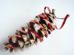 pine cone glitter and glue ornament craft for daycares