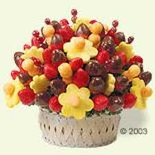 eatables arrangements edible arrangements gift shops 2223 n clybourn ave depaul