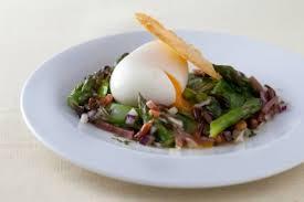 comment cuisiner les oeufs comment cuire des œufs mollets technique de cuisine