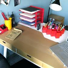Office Desk Gift Ideas Office Desk Gift Ideas For Items Decorative To Decorate A Gifts