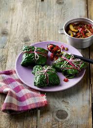 comment cuisiner des feuilles de blettes comment cuisiner les côtes de blettes nos meilleures astuces