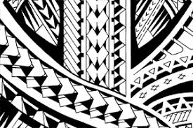 halfsleeve samoan inspired tattoo design with spearhead patterns