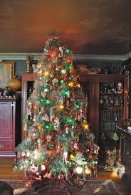 fashioned christmas tree 100 ideas christmas tree decorating on xmastcolor