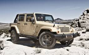 jeep wrangler girly 2011 jeep wrangler mojave unveiled at new york show photos 1 of 5