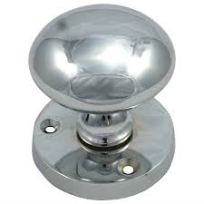 shop door furniture handles u0026 knobs robert dyas