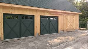 Barn Style Garage by Garage Doors That Look Like Barn Doors Examples Ideas U0026 Pictures