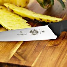 victorinox kitchen knives review amazon com victorinox swiss army 7 5 inch wavy edge fibrox pro