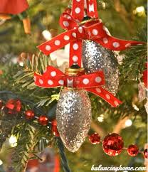 Cheap Christmas Decor In The Philippines by 11 Christmas Decorations You Can Easily Make From Recycled Materials