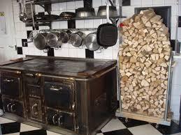 küche mit holzherd gasthaus zum freihof schmidrüti turbenthal - Holzherd Küche