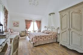 chambres hotes cantal chambre d hôtes ronsard charme spa auvergne